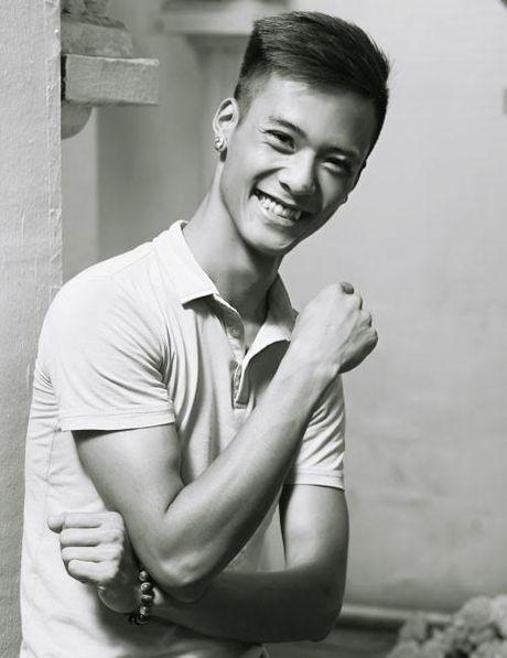 Tuan Hung tiec thuong 'ban sao' 9x qua doi - Anh 1