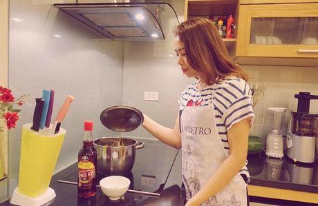 Chi Trung cuoi tuoi don tuoi 55, Mai Ngoc ngot ngao ben chong - Anh 11