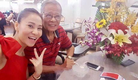 Chi Trung cuoi tuoi don tuoi 55, Mai Ngoc ngot ngao ben chong - Anh 4