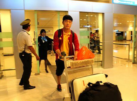 Cong Phuong, Tuan Anh bi fan nu 'vay' o Can Tho - Anh 4