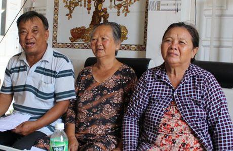 Nguyen Pho chanh Van phong Huyen uy lua dao hon 600 trieu dong - Anh 1