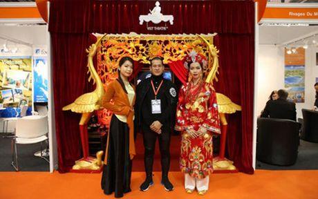 'Tu Phu' cua dao dien Viet Tu gay an tuong tai Anh - Anh 1