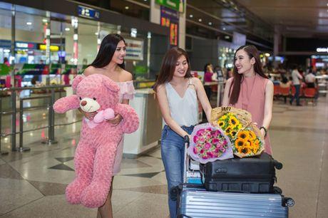 Nguyen Thi Loan rang ro tro ve sau Miss Grand International - Anh 11