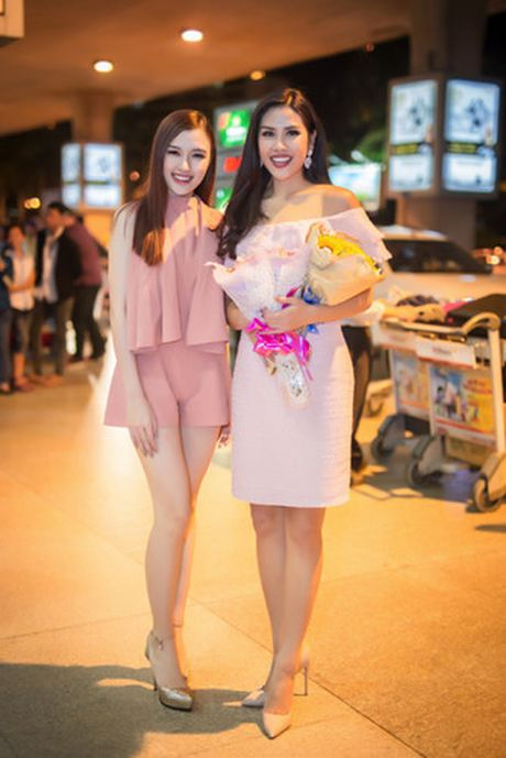 Nguyen Thi Loan rang ro tro ve sau Miss Grand International - Anh 2