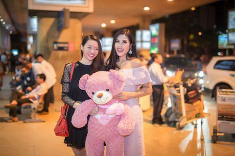 Nguyen Thi Loan rang ro tro ve sau Miss Grand International - Anh 4