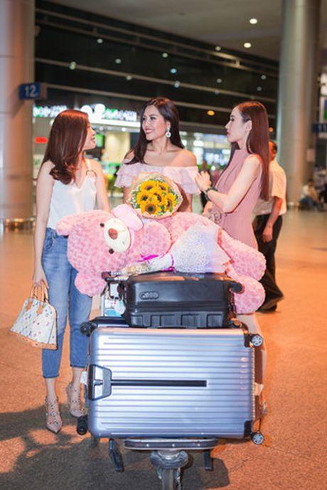 Nguyen Thi Loan rang ro tro ve sau Miss Grand International - Anh 7