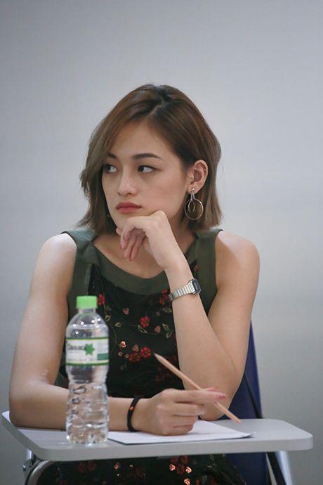 Thuy Anh, Thanh Tu hao huc khi lan dau hoc dien xuat bai ban - Anh 1