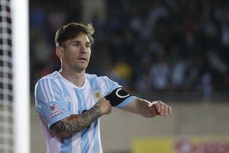 Cong Vinh se khong thay doi quyet dinh giai nghe nhu Messi - Anh 2