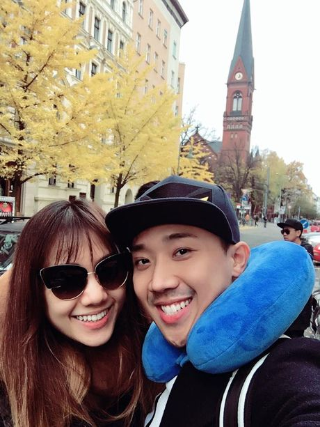 Tran Thanh va Hari Won bi fan boc me tinh tu 'lam mau' - Anh 3