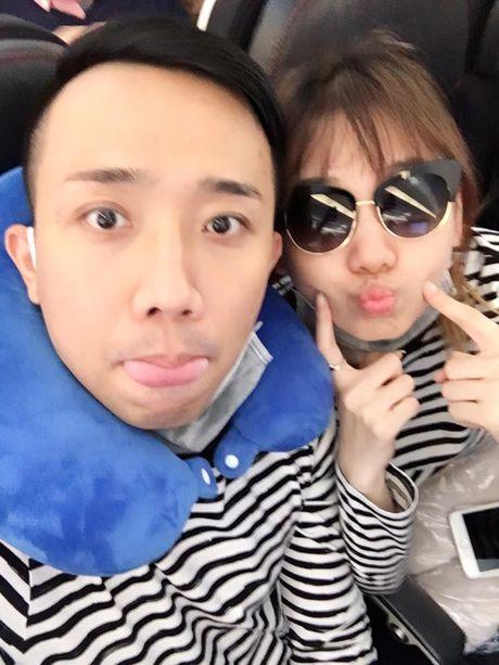 Tran Thanh va Hari Won bi fan boc me tinh tu 'lam mau' - Anh 4