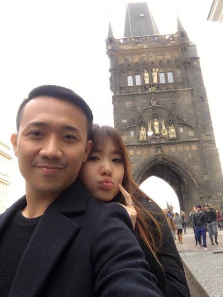 Tran Thanh va Hari Won bi fan boc me tinh tu 'lam mau' - Anh 8