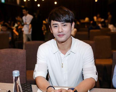 Phan Manh Quynh thi hat de thoat mac 'ca si thi truong' - Anh 3