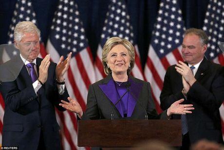 Thuc ra dan My bau cho Clinton nhieu hon Trump - Anh 1