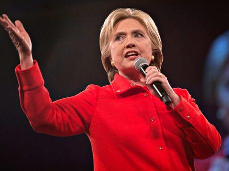 'Cuoc chien' xanh - do la lung dang sau sac ao cua Trump va Hillary - Anh 7