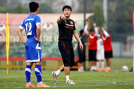 He lo 4 cai ten bi HLV Huu Thang gach ten - Anh 3