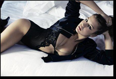 Phat sot voi ve sexy hut hon cua Lea Seydoux - Anh 7