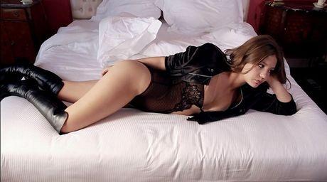 Phat sot voi ve sexy hut hon cua Lea Seydoux - Anh 9
