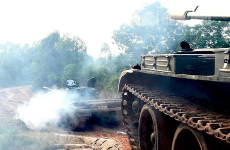'Voi sat' T-54 Viet Nam roi 'vien' X32 the nao? - Anh 10