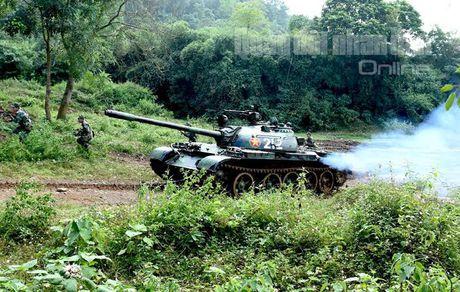 'Voi sat' T-54 Viet Nam roi 'vien' X32 the nao? - Anh 14