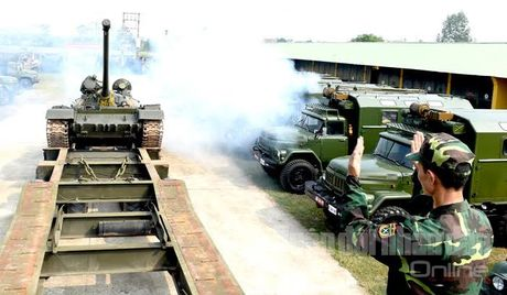 'Voi sat' T-54 Viet Nam roi 'vien' X32 the nao? - Anh 6