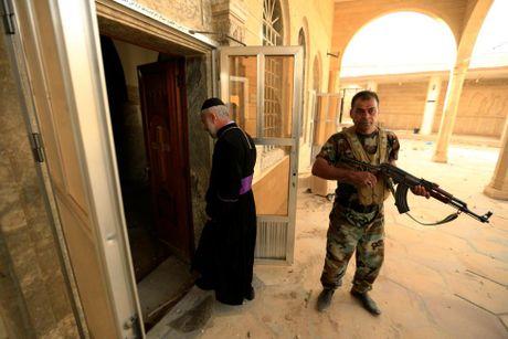 Hinh anh dan quan nguoi Kurd danh IS tai Bashiqa - Anh 11