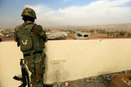Hinh anh dan quan nguoi Kurd danh IS tai Bashiqa - Anh 12
