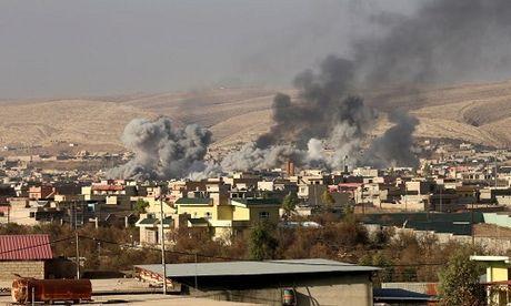 Hinh anh dan quan nguoi Kurd danh IS tai Bashiqa - Anh 1