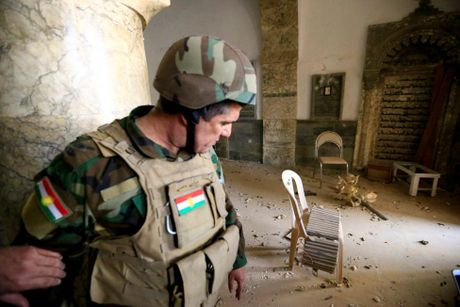 Hinh anh dan quan nguoi Kurd danh IS tai Bashiqa - Anh 4