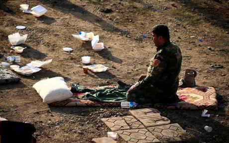 Hinh anh dan quan nguoi Kurd danh IS tai Bashiqa - Anh 7