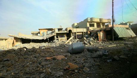 Hinh anh dan quan nguoi Kurd danh IS tai Bashiqa - Anh 9