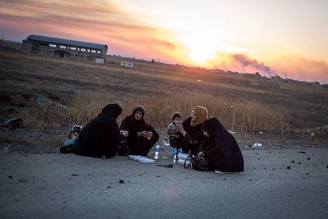 Chum anh nguoi dan Iraq chay loan khoi Mosul - Anh 9
