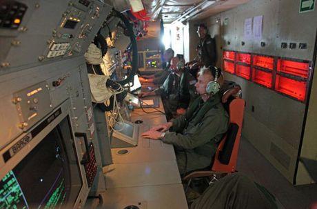 Australia chia tay may bay P-3C Orion, co hoi cho Viet Nam? - Anh 10