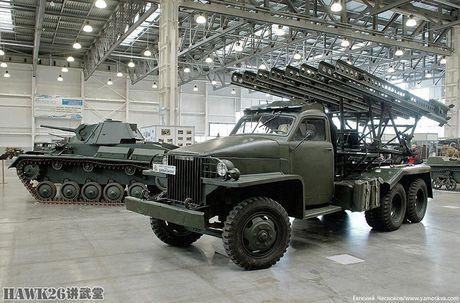 Bat ngo bo vu khi CTTG 2 trong bao tang Nga - Anh 7