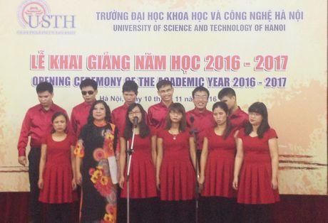 Truong DH Khoa hoc va Cong nghe Ha Noi khai giang nam hoc moi - Anh 1