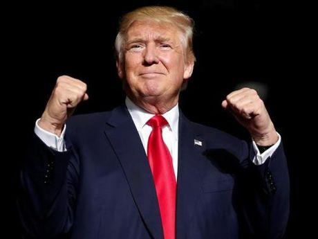 """Thi truong toan cau """"dao lon"""" khi Trump dac cu Tong thong My - Anh 1"""