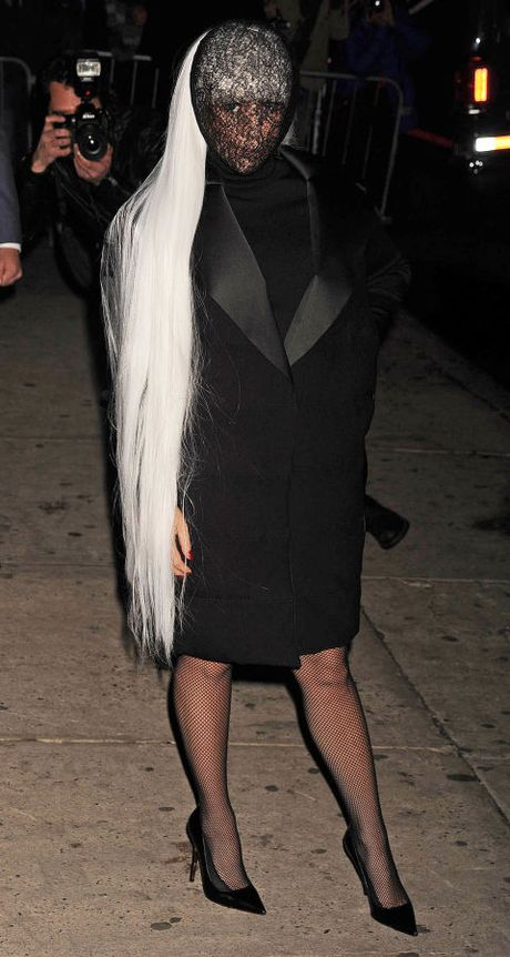 "Sam soi nhung trang phuc sieu ""ba dao"" cua Lady Gaga - Anh 10"