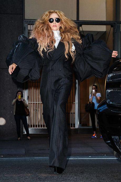 "Sam soi nhung trang phuc sieu ""ba dao"" cua Lady Gaga - Anh 15"
