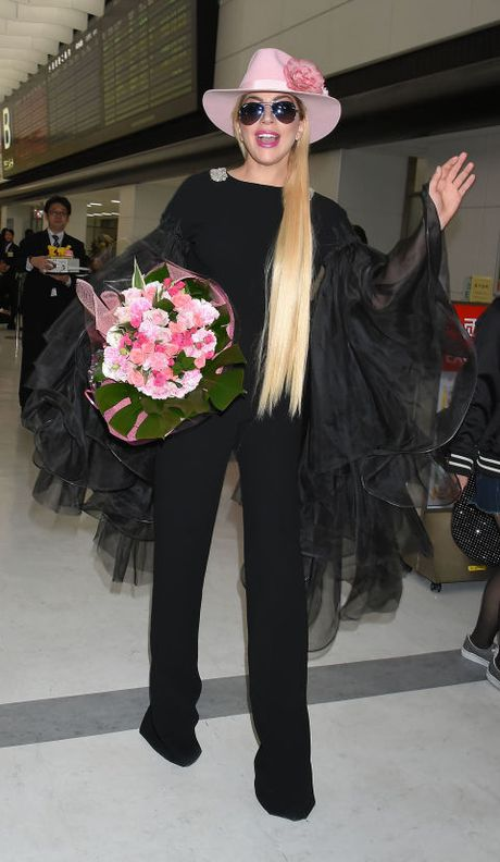 "Sam soi nhung trang phuc sieu ""ba dao"" cua Lady Gaga - Anh 1"