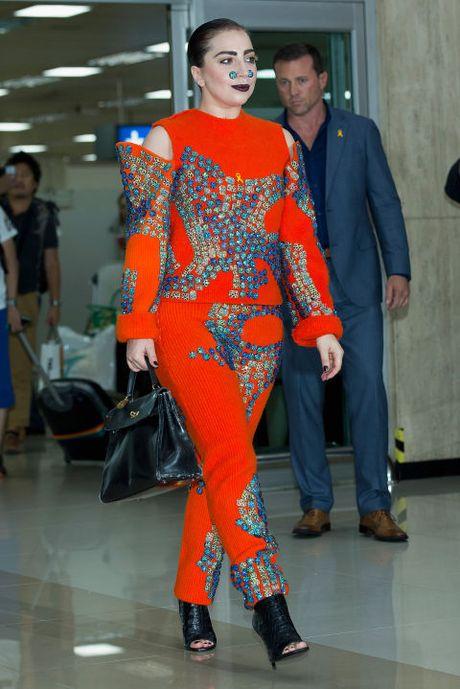 "Sam soi nhung trang phuc sieu ""ba dao"" cua Lady Gaga - Anh 8"