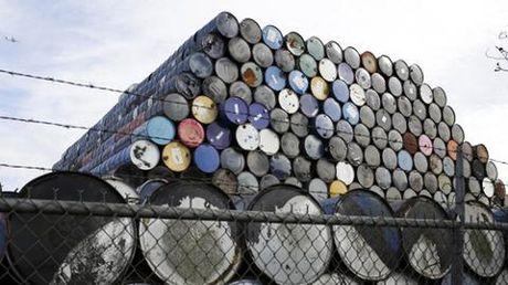 Du thua nguon cung, OPEC bao tin xau ve gia dau - Anh 1