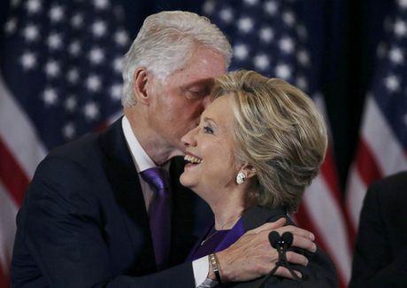 Tai sao ba Clinton mac sac tim khi phat bieu nhan thua? - Anh 2