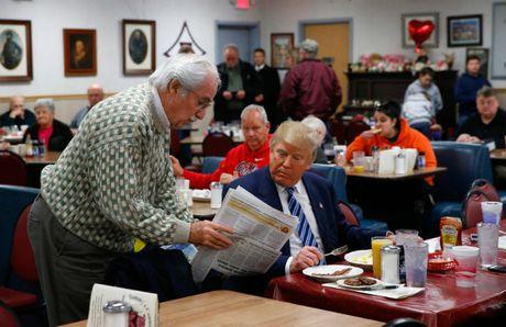 Thoi quen an uong binh dan cua Donald Trump - Anh 1