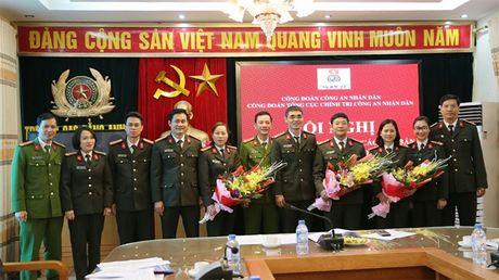 Hoi nghi lay y kien tham gia vao cac van ban tai chinh Cong doan - Anh 3