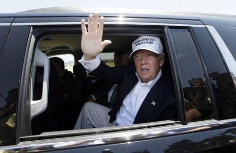 10 chiec xe dat gia cua tan Tong thong My Donald Trump - Anh 4