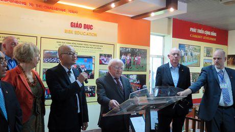 Tong thong Ireland tham Quang Tri - Anh 1