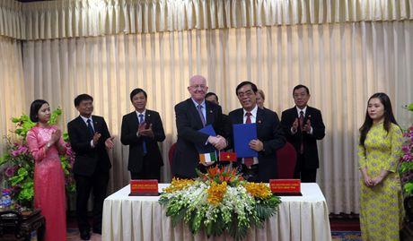 Tong thong Ireland tham Quang Tri - Anh 3
