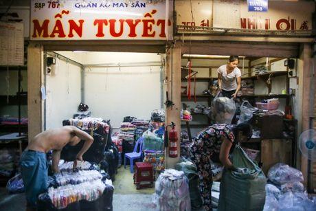 TPHCM dong cua cho Binh Tay de sua chua - Anh 4
