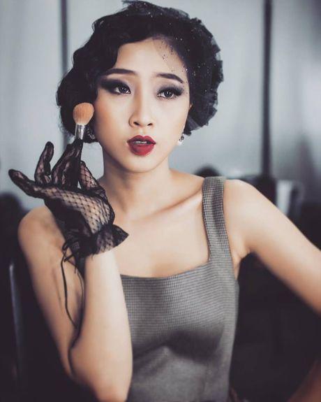 MC Chuyen dem muon 'Tu tinh luc 0 gio' - Anh 1