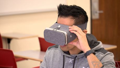 Tieu chuan cho smartphone Android chay Google DayDream VR - Anh 1