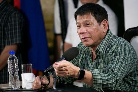 Donald Trump dac cu Tong thong My, Duterte lap tuc 'doi giong' - Anh 1